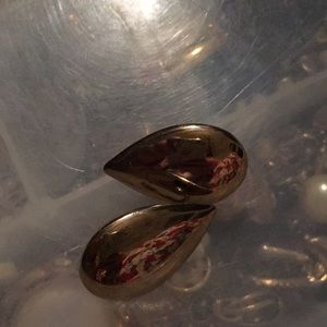 Lustrous gold tear drop earrings. Clips. Estate